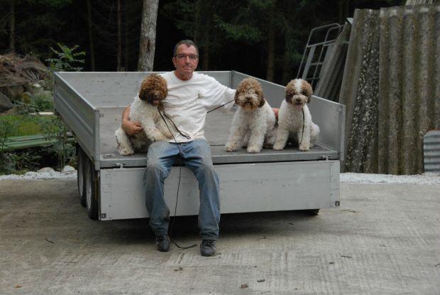 notre ami éleveur de chien truffier lagotto romagnolo