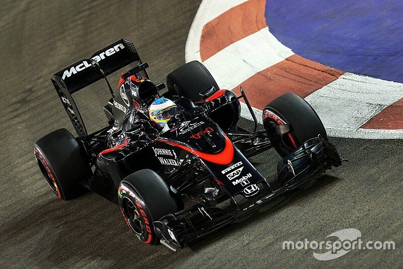 f1-singapore-gp-2015-fernando-alonso-mclaren-mp4-30