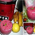 Vidéo milk shake fruits rouges, pommes, bananes et kiwi