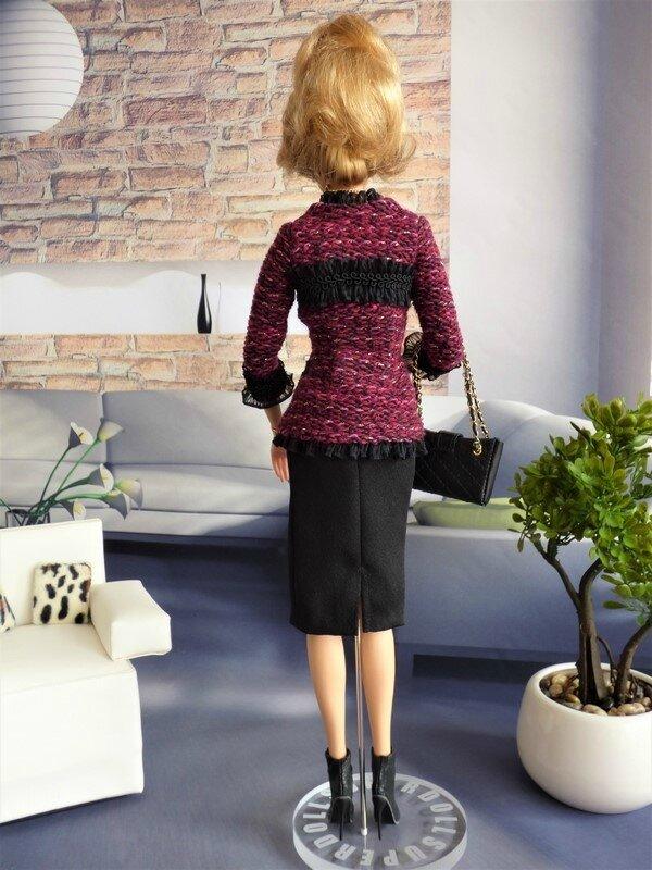 02 Brittany en tailleur Chanel