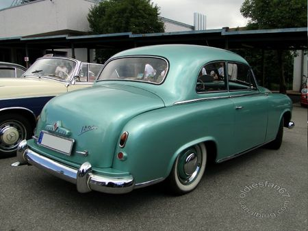 Borgward hansa 1800 berline 1952 1954 Internationales Oldtimertreffen de Gundelfingen 2011 2