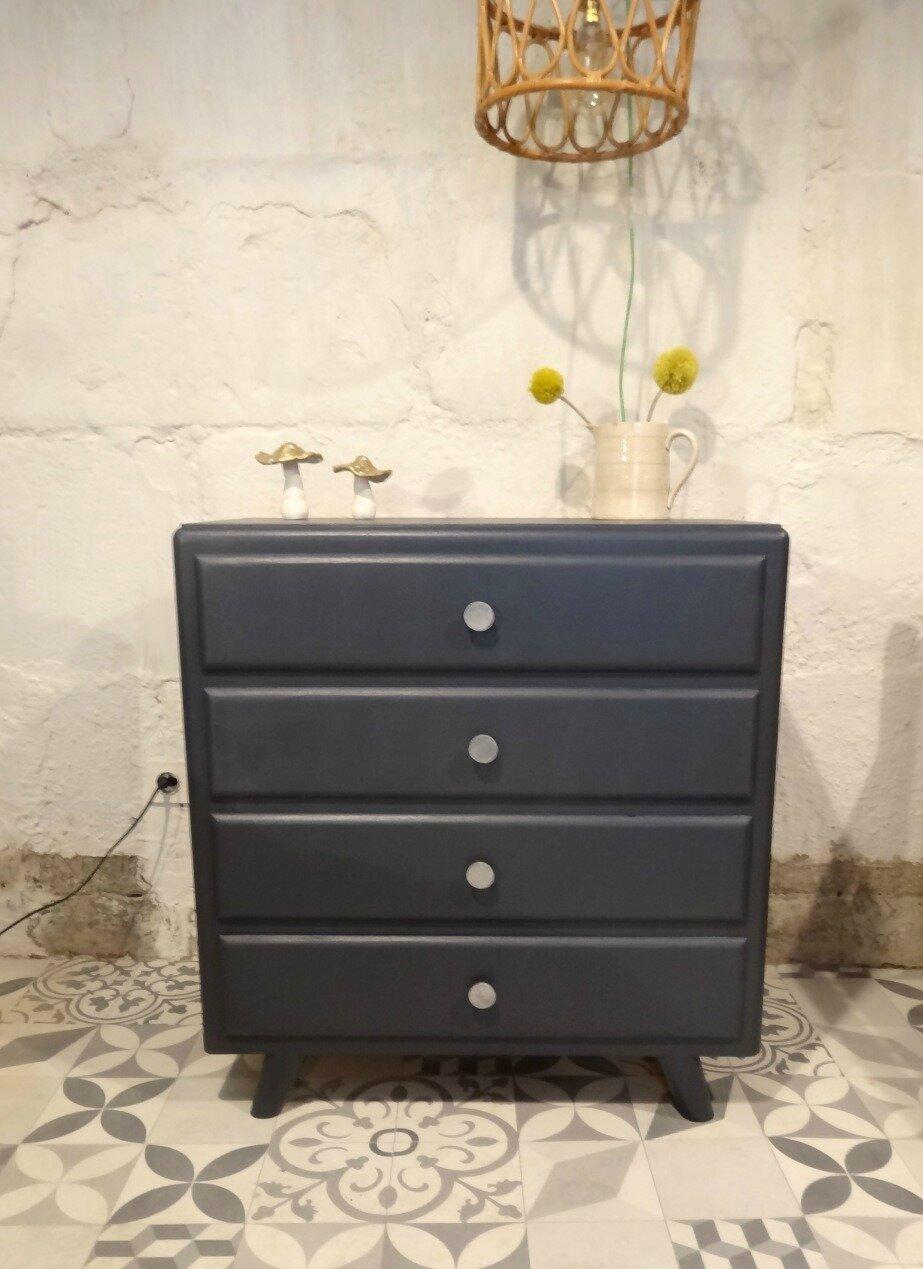 commode des ann es 60 banaborose reinventeur de meubles et objets chin s. Black Bedroom Furniture Sets. Home Design Ideas