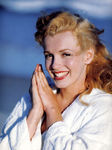jane_marilyn_monroe_1946___by_Andre_Dedienes___malibu_beach_11
