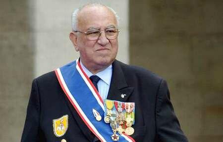Un homme d'Honneur Roger HOLEINDRE, par José CASTANO