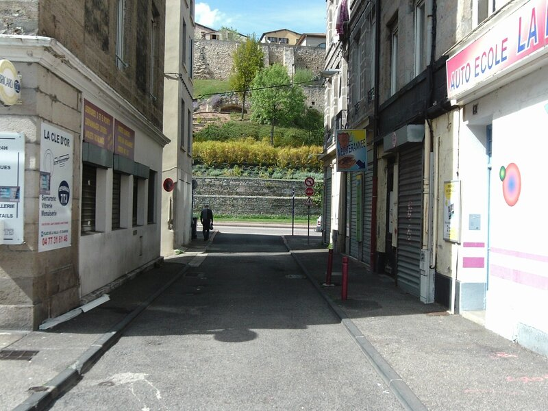 rue du Pont Saint-Pierre 15 avril 2016 (1)
