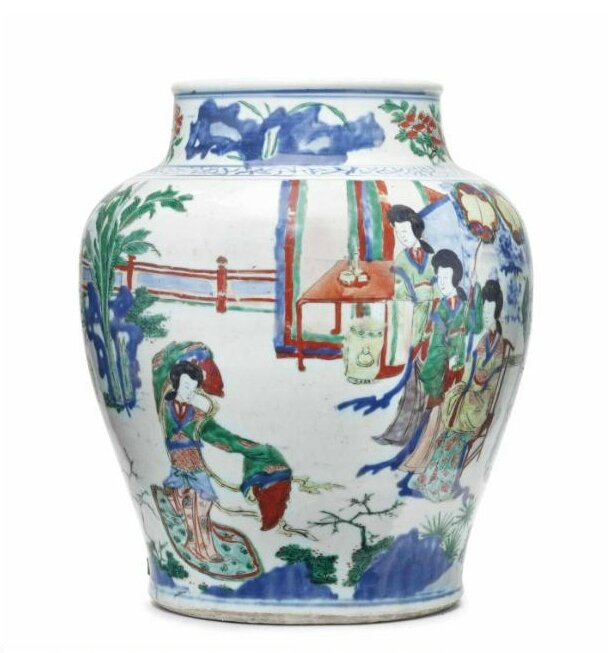 A Chinese wucai jar, 17th century