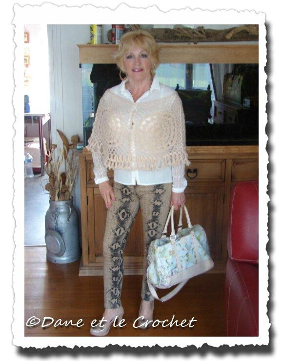 Dane-et-le-Crochet--chauffe-épaule-porté