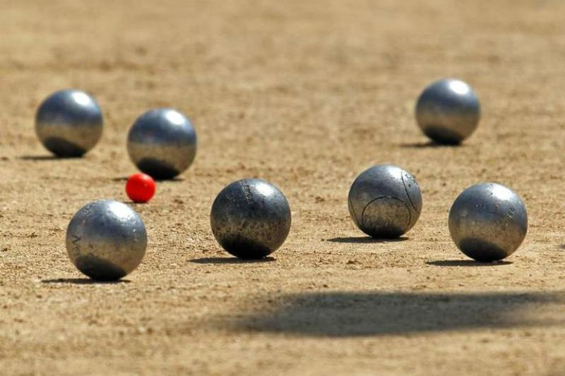 534921-petanque-bowls-are-seen-during-the-semi-final-of-the-mondial-la-marseillaise-de-petanque-in-marseill