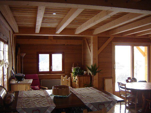 Dsc05014 photo de chalet poteaux poutres int rieur bois et montagne - Interieur chalet bois montagne ...