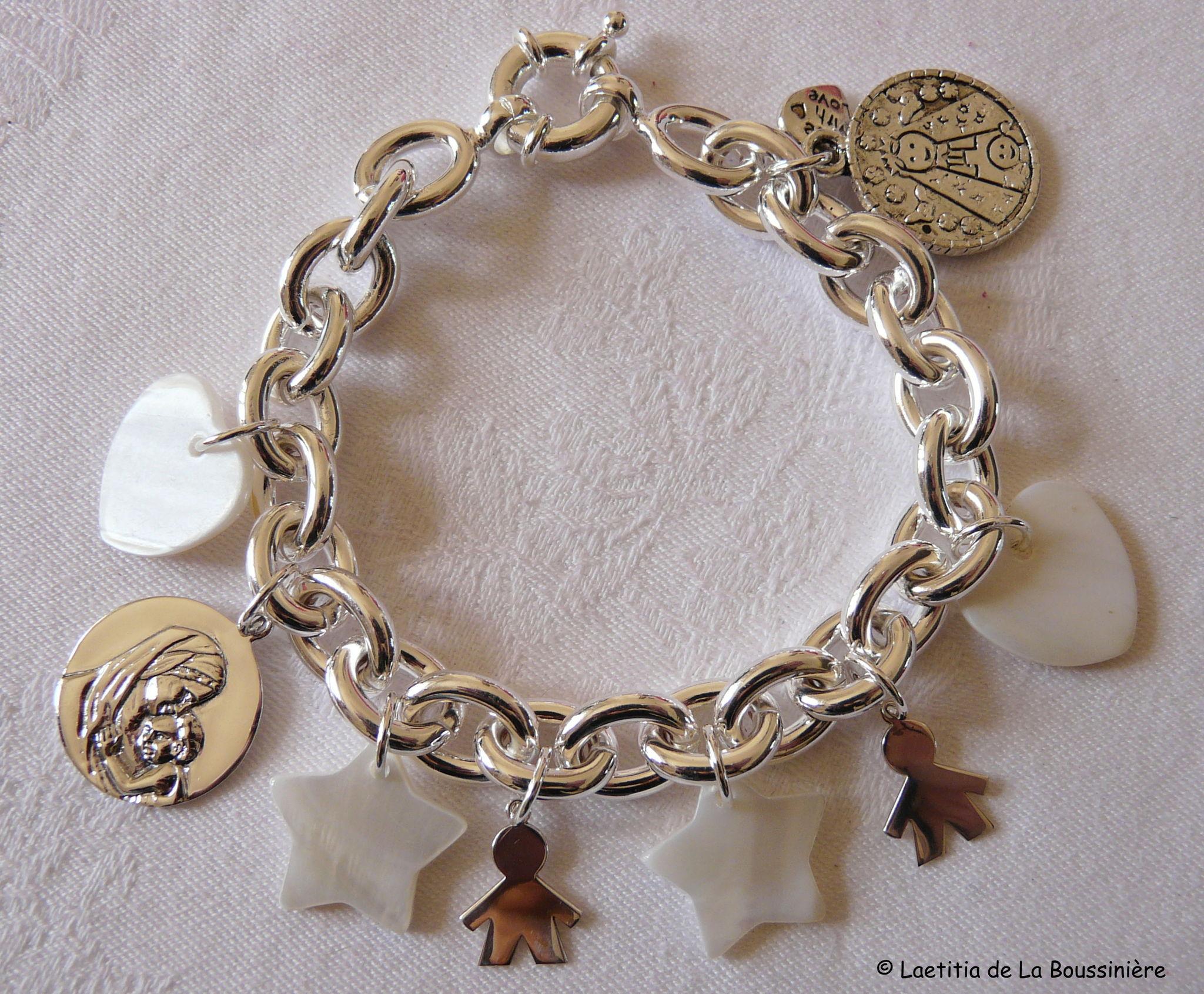 2. Les bijoux composés de breloques uniquement