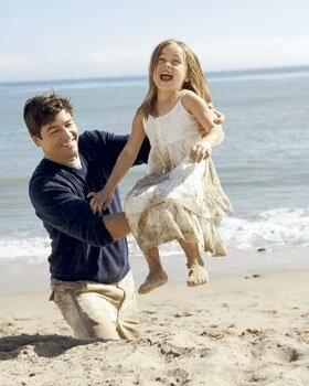 Kyle-Daughters-kyle-chandler-6487149-280-350