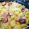 Poêlée de saucisse de montbeliard, poireau et pomme de terre, crème à la moutarde