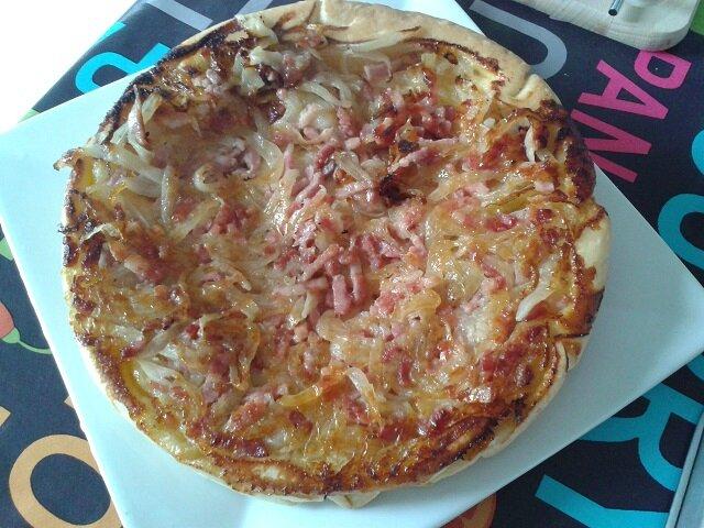 Tarte tatin aux oignons et lardons