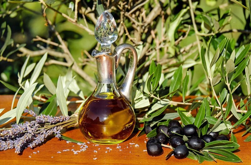 credit photo pixabay olive-oil-1596417_1920