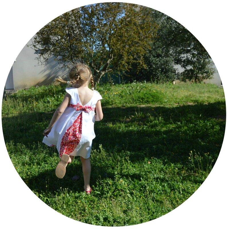 Robe Mademoiselle Mitsi Fuchsia portée (2b)