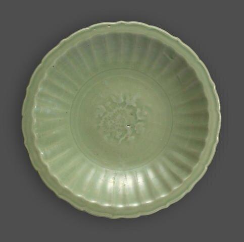 A Longquan celadon dish with foliate rim, Ming dynasty