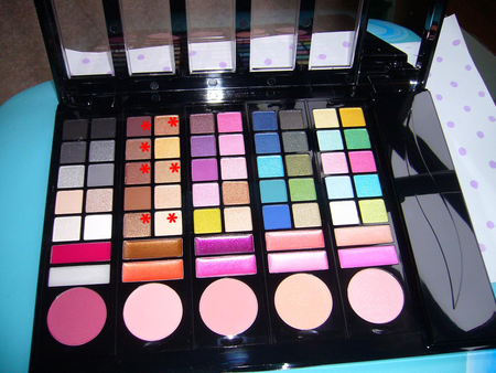 Make_up_n_14_palette