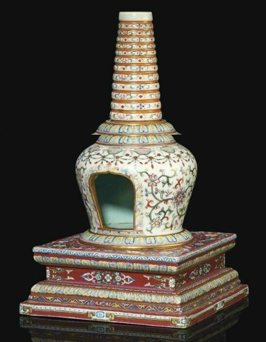 A finely enamelled famille rose white-ground stupa, Qianlong period (1736-95)