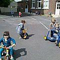 école d'Arleux, les pts/moyens font du vélo