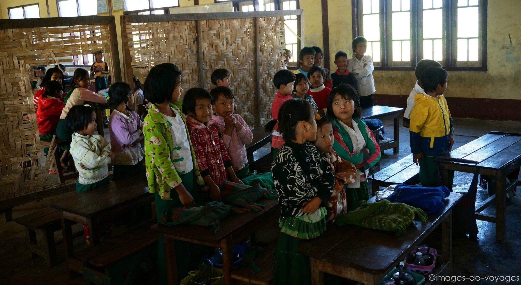 Ecole Lake Inle - Myanmar ( Birmanie )