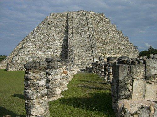 Mayapan - Temple of Kukulcan