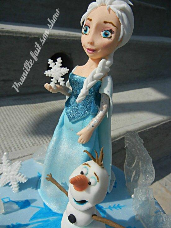 Elsa et olaf en pâte à sucre prunille fait son show