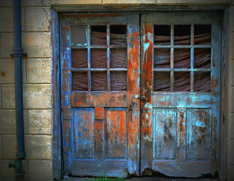 double_doors_at_eastern_state_penitentiary_by_tatt2ed13-d5cb55s