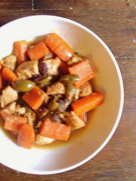 tajine de poulet carotte et olive verte