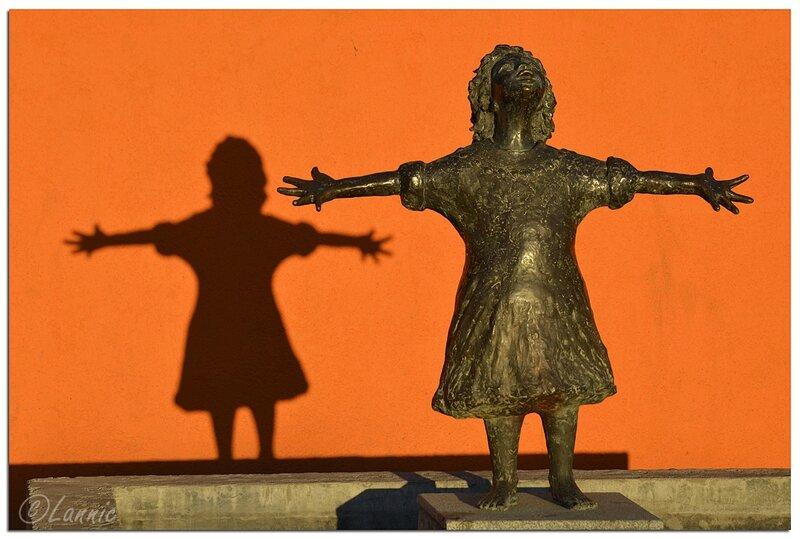 _Argentine_207_Sculpture