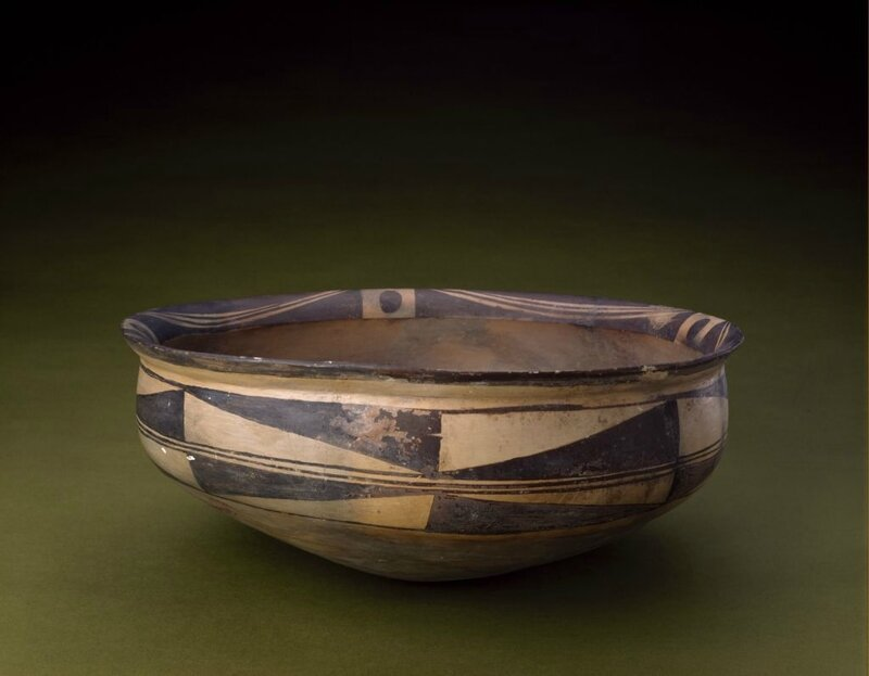 Painted pottery geometric pattern basin, Neolithic, Yangshao culture (5000-3000 BC), Banpo type (about 4800-3900 BC), high 16