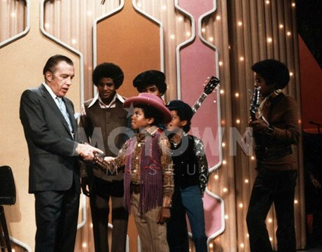 The-Jackson-5-On-The-Ed-Sullivan-Show-Back-In-1969-michael-jackson-34370639-460-360