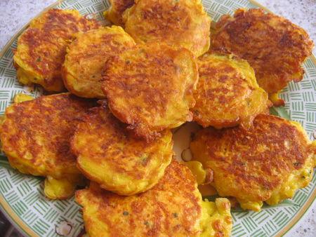 Galettes de carottes au fromage la cuisine facile de tini - Que cuisiner avec des carottes ...