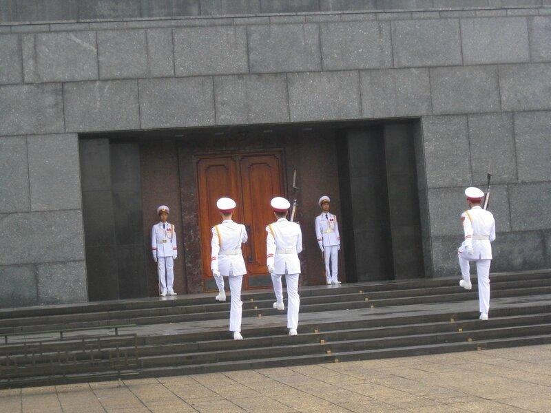 2-mausolée de Ho Chi Minh (5)