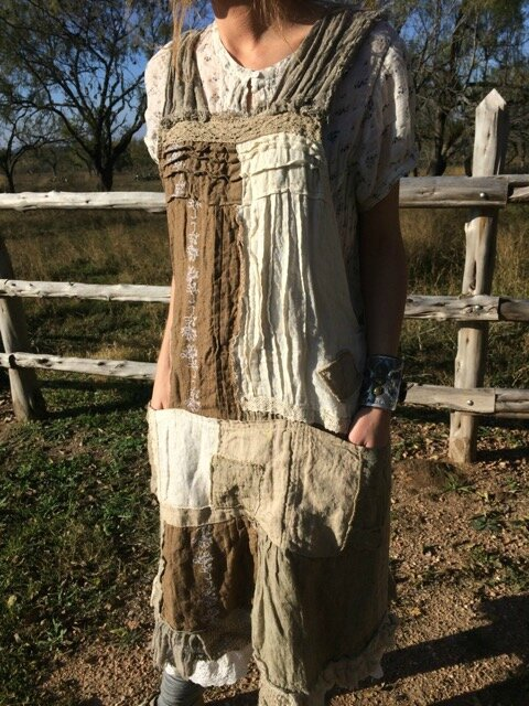 MP linen Willow Dress with lace and eyelet