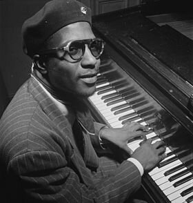 280px-Thelonious_Monk,_Minton's_Playhouse,_New_York,_N_Y_,_ca__Sept__1947_(William_P__Gottlieb_06191)