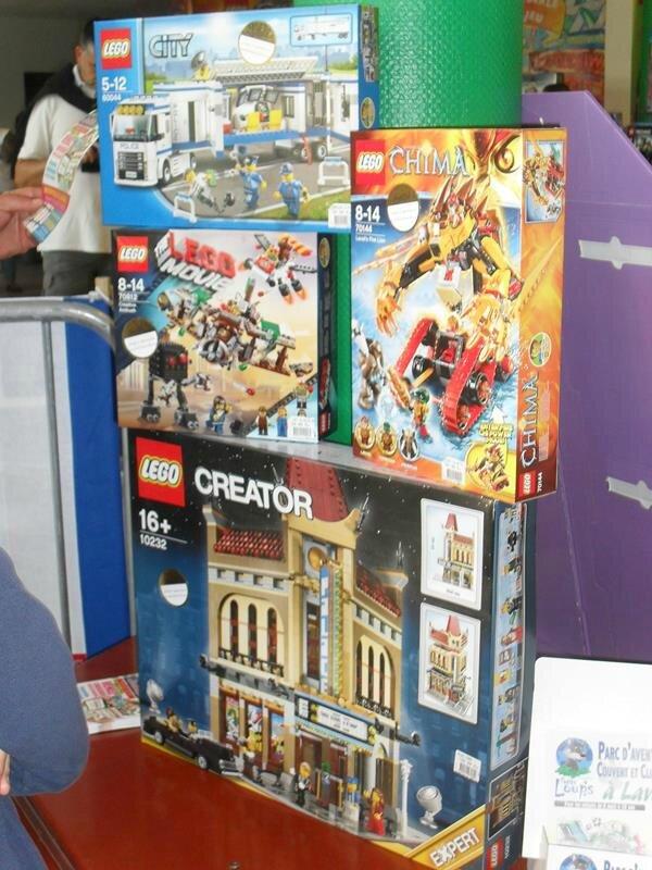 Bruit Tête La Lego Dans De Un xeWQdroCB