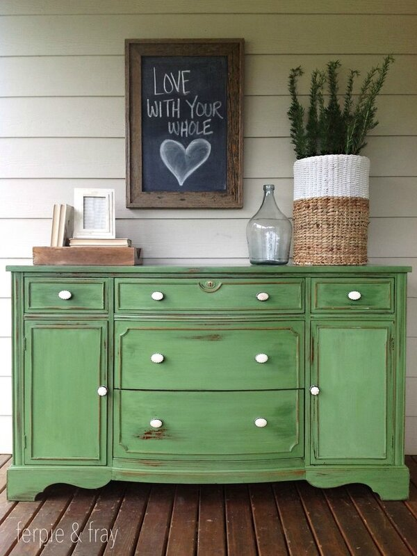 2339a37a77eaf63fe92dce845ce5aecf--green-painted-furniture-painting-furniture