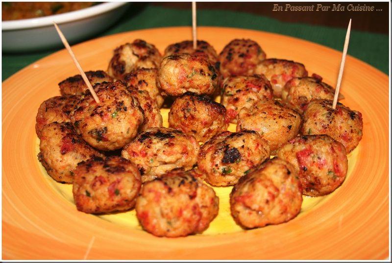 Albondigas sauce piment e les tapas affolent les papilles - Cuisine espagnole tapas ...