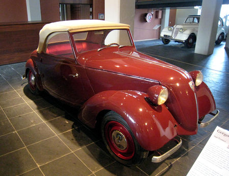 Gr_goire_type_CGE_Tudor_de_1941_Cit__de_l_Automobile_Collection_Schlumpf___Mulhouse___01