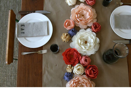 rustic_tablescape_paper_fabric_flower_centerpiece_table_runner_wedding2