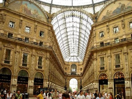 inside_the_galleria_vittorio
