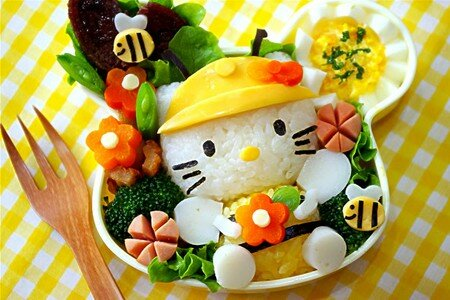 hello_kitty_bento_1