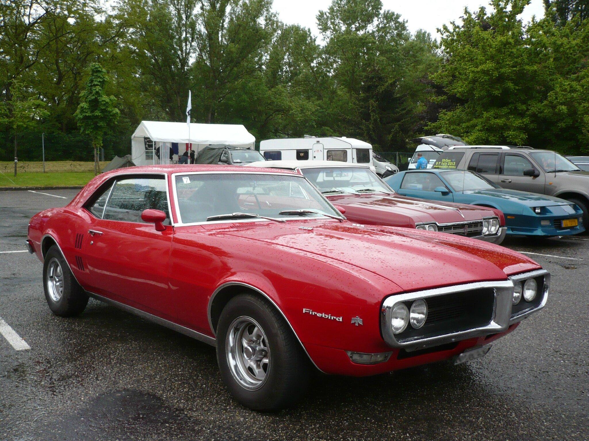 pontiac firebird 350 2door coup 1968 illzach 1 photo de 091 33e fun car show d 39 illzach le. Black Bedroom Furniture Sets. Home Design Ideas