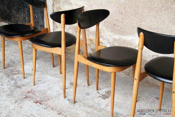 Lot_4_chaises_pierre_guariche_esprit_scandinave_bois_skai_noir_mobilier_sur_mesure_vintage_design_annee_50_60_fabriquer_france_made_in_gentlemen_designers_strasbourg_alsac