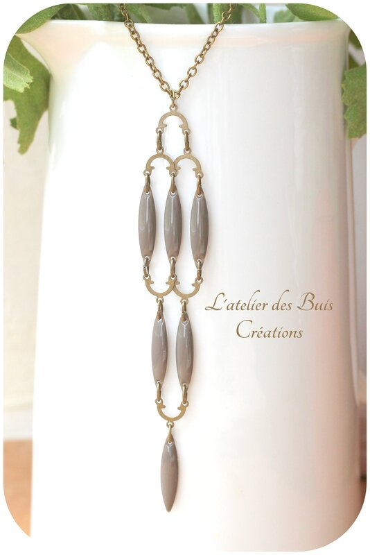 Collier_indy_taupe