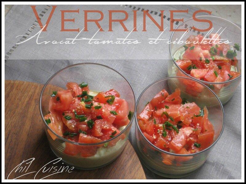 Verrines tomates-avocat et ciboulette