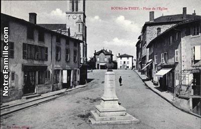 cartes-postales-photos-Place-de-l-Eglise-BOURG-DE-THIZY