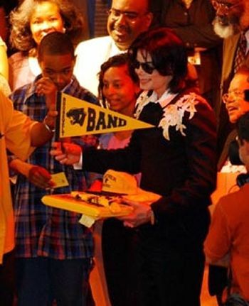 michael-jackson-at-roosevelt-high-school-in-gary-indiana(160)-m-6