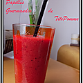 Smoothie aux fraises, kiwi et orange sanguine