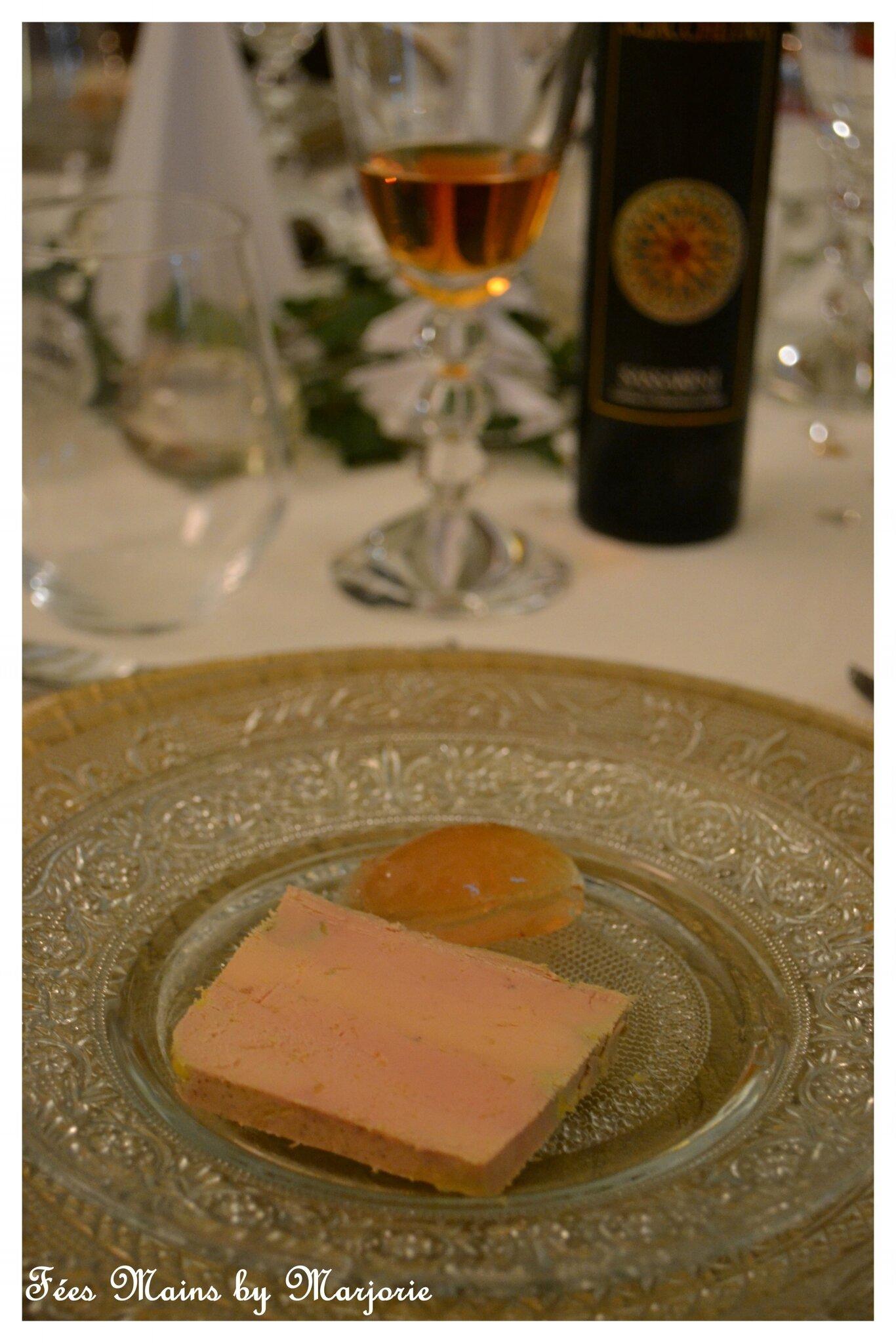 Repas de fêtes Foie gras gelée de coings aux épices
